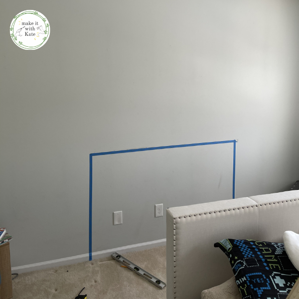 This bedroom light wall uses an accent slat wall wrapped with led lights to create a fun accent wall sure to please anyone. #accentwall #lightwall #ledlightwall #teenbedroom #bedroommakeover